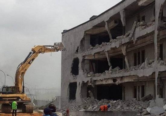 destruction de café de rome 3