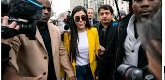 """États-Unis : Arrestation De L'épouse Du Baron De La Drogue Mexicain """"El  Chapo"""" - Doingbuzz"""