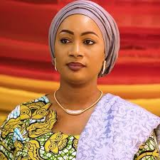 À la rencontre de Samira Bawumia, femme politique et épouse du vice- président du Ghana. - fallymagazine.over-blog.com