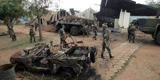 Bombardement de Bouaké : trois pilotes jugés par défaut et une énigme  intacte – Jeune Afrique